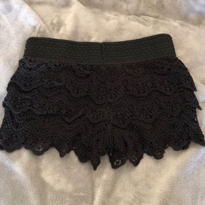 Black Lace Shorts 🖤